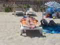 Porno amatoriale Moglie esibisce il suo culo a Formentera...